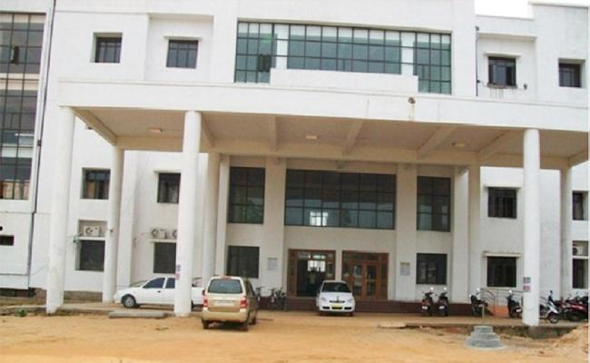 Ragging Fear in Students RIMS Medical College Srikakulam - Sakshi