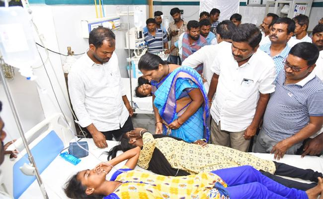 44 Members Students Illness With Midday Meal in Nagarkurnool - Sakshi