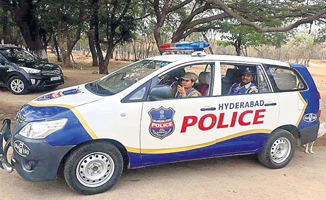 Hyderabad Police Suffering With Night time Petroling Complaints - Sakshi