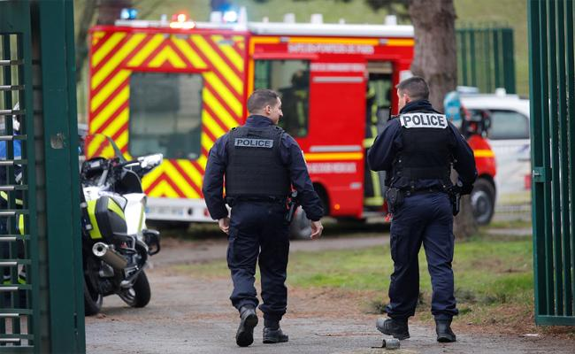 French Police Shoot Man Dead Near Paris - Sakshi