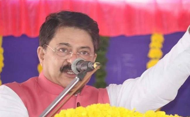 Constitution Draft Prepared By Brahmin Says Gujarat Speaker - Sakshi