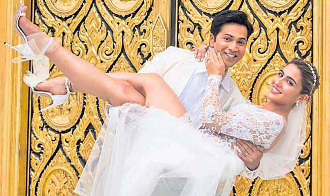 Varun Dhawan And Sara Ali Khan's New Pic of Coolie No 1  - Sakshi