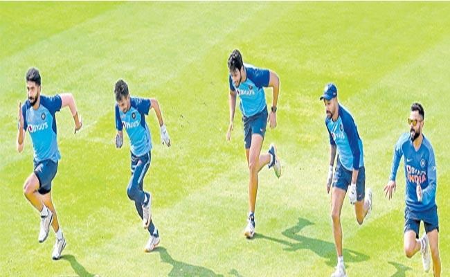 India vs Sri Lanka 1st T20 At Guwahati - Sakshi