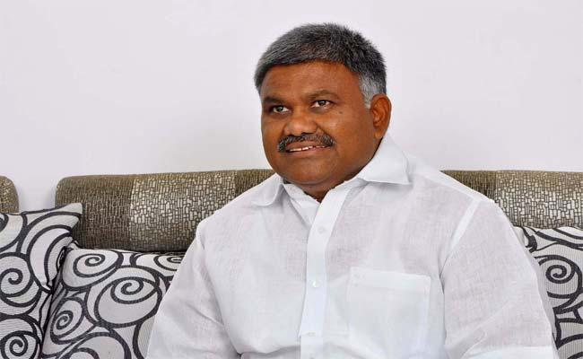 Kethireddy Peddareddy Fires On JC Diwakar Reddy - Sakshi