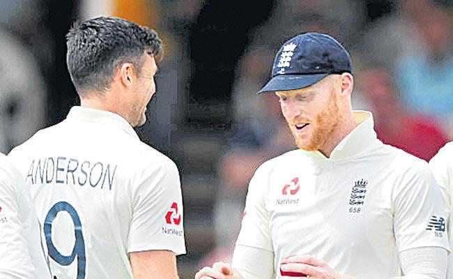 England Build Lead Of 264 Over South Africa After Day Three - Sakshi