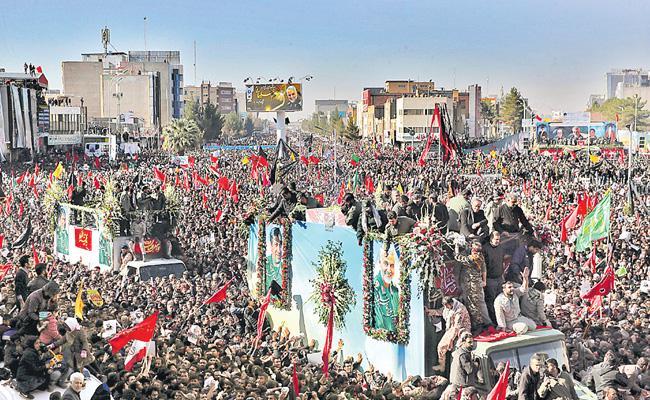 50 Dead And 200 Injured In Stampede At Qasem Soleimani Funeral - Sakshi