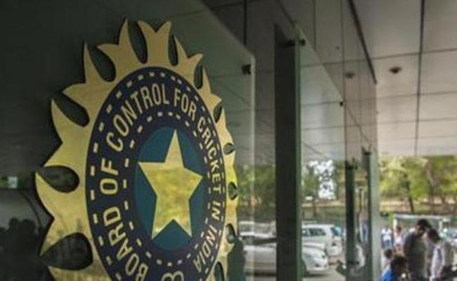 ICA Urges Gnaguly To Say Against Four Day Tests - Sakshi