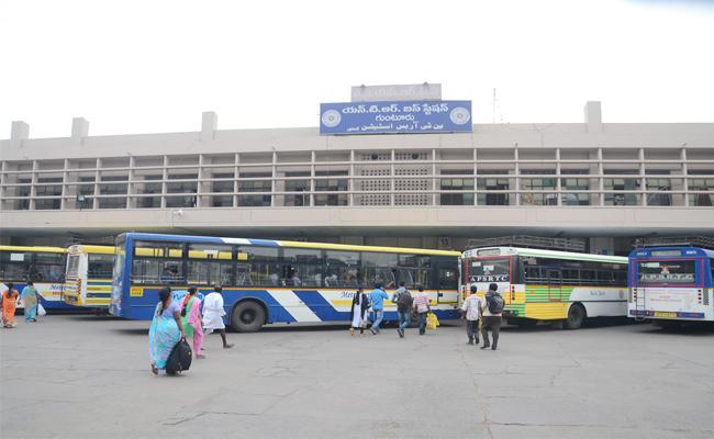 Special Bus Services For Sankranthi Festival Guntur - Sakshi