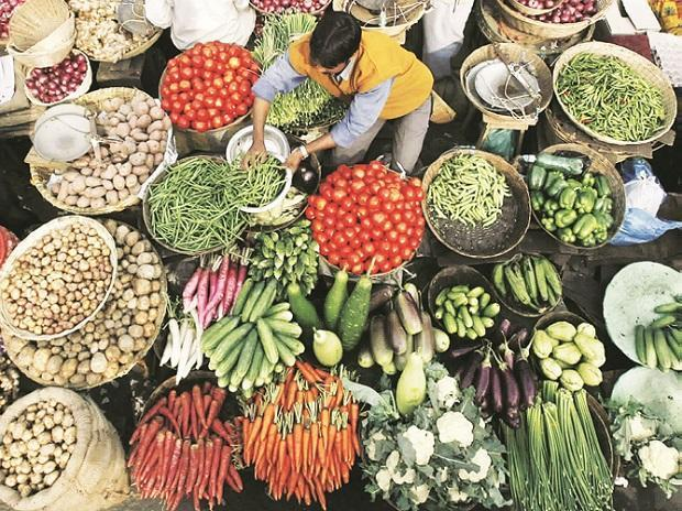 Indias CPI Inflation May Have Breached RBI Target In December - Sakshi