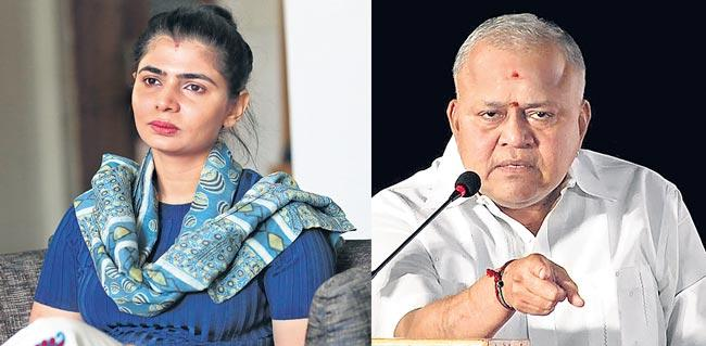 Singer Chinmayi to contest against Radha Ravi in dubbing union elections - Sakshi