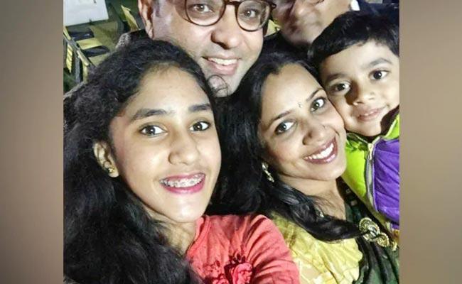 Delhi Man Kills His Children After Commits Suicide Says Police - Sakshi