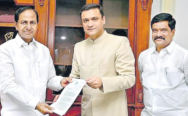 AKbaruddin Owaisi Meeting With CM KCR - Sakshi