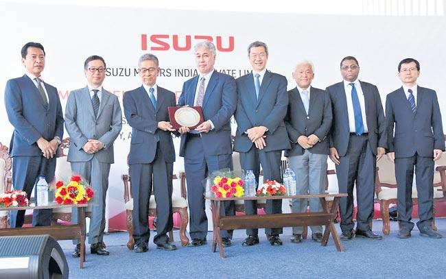 Isuzu Motors starts new press shop and engine assembly Unit - Sakshi