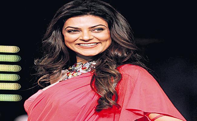 Sushmita Sen to make her digital debut with web series Aarya - Sakshi