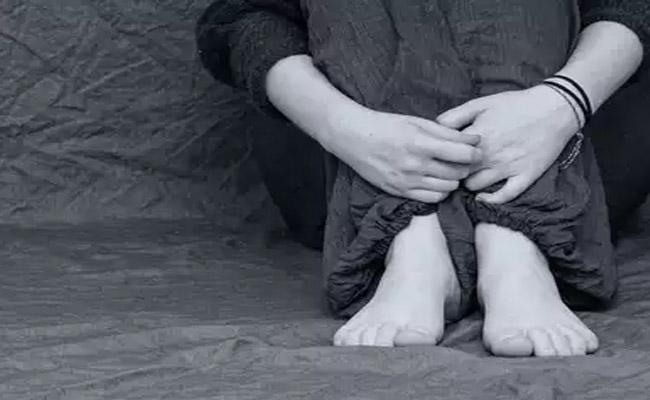 16 Year Old Dalit Girl Molested By 10 Men In Maharashtra - Sakshi