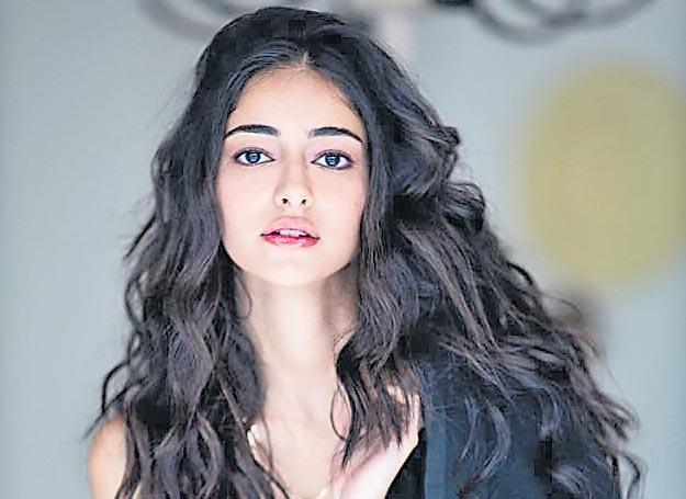 Ananya Panday shoots 23 hours non stop for Khaali Peeli - Sakshi