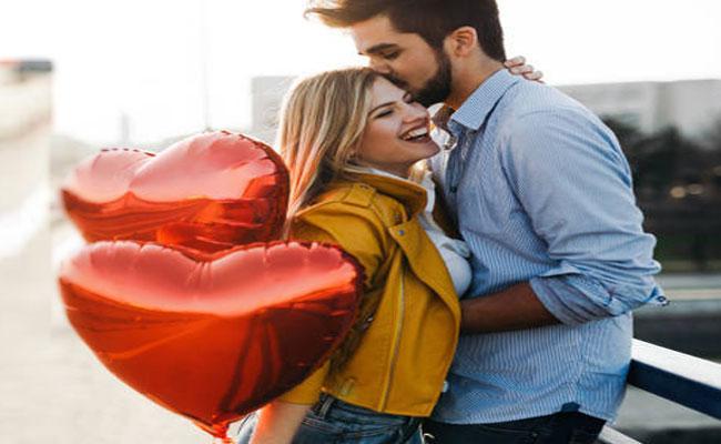 Valentine's Day Sales Statistics in Telugu  - Sakshi