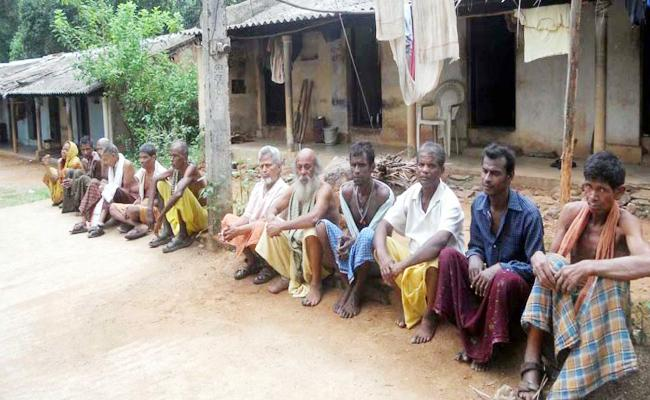 Tribals Suffering in Odisha And Srikakulam Water And Road Shortage - Sakshi