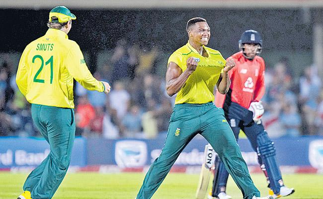 South Africa Won First T20 Against England - Sakshi