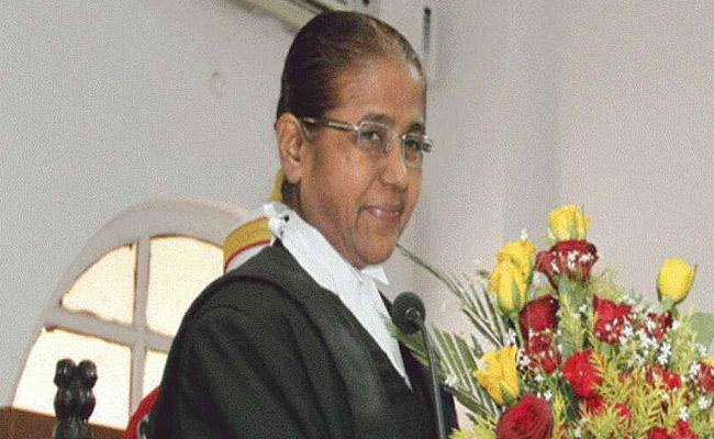 Nirbhaya Case Justice R.Banumathi Fainted Dictating Order On Centre Plea - Sakshi