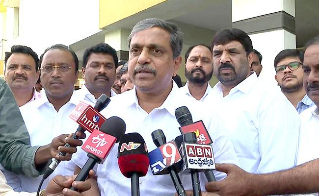 Sajjala Ramakrishna Reddy Slams Chandrababu Over IT Searches Detect 2000 Crore - Sakshi
