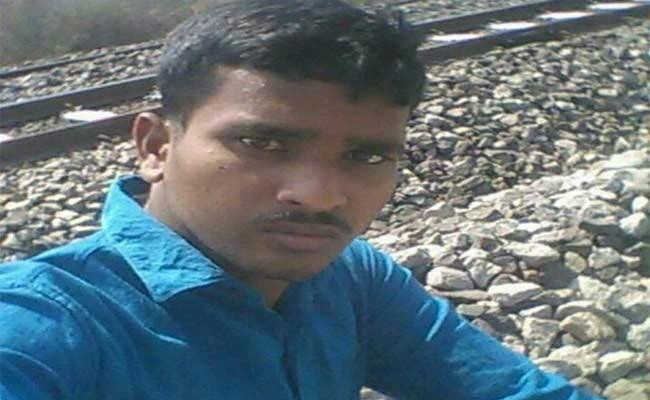 Person Died Due To Delay Of Marriage In Nizamabad - Sakshi