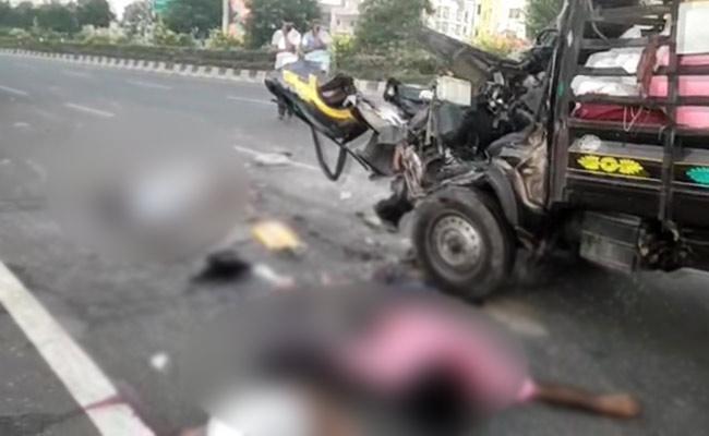 Road Accident At Tadepalli - Sakshi