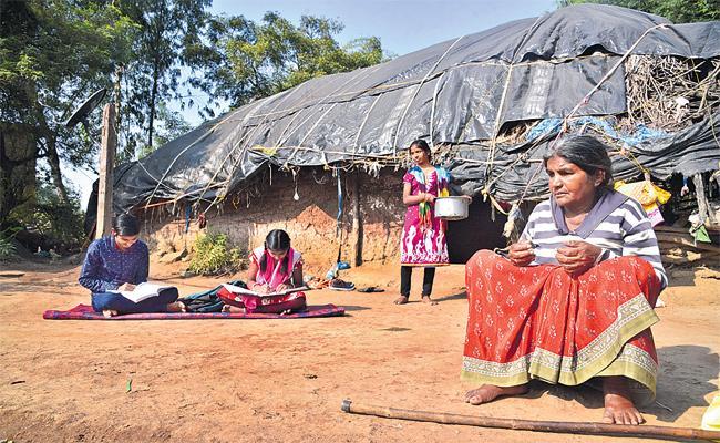 Gangavva Poor Life Story in Nizamabad - Sakshi
