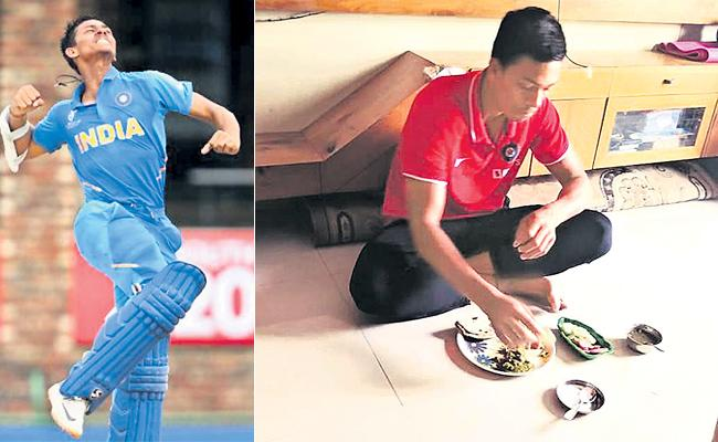 Yashasvi Jaiswal Mother Emotional After Under 19 World Cup - Sakshi