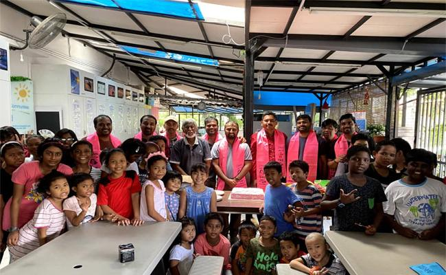 KCR Birthday Celebrations By TRS Malaysia Federation In Malaysia - Sakshi