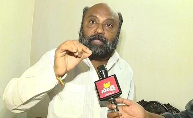 BJP Leader Kosuru Venkat Fires On Chandrababu In Vijayawada - Sakshi