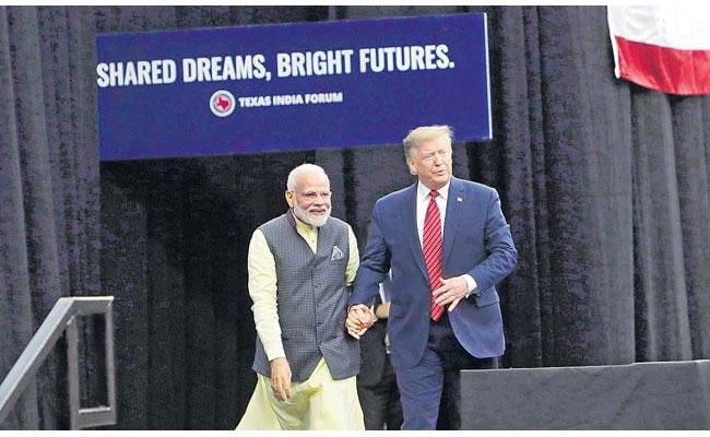 Donald Trumps Three Hour Gujarat Visit Set To Cost Over Rs 100 Crore - Sakshi