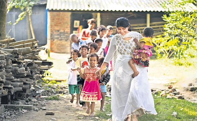 Maitreya Banerjee Social Workers Special Story At Kolkata - Sakshi