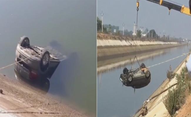 MLA Dasari Manohar Reddy  Sister Family Suspicious Death In Canal - Sakshi