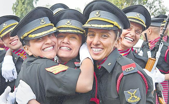 Women Officers Should Be Appointed In Command Postings Says Supreme Court - Sakshi