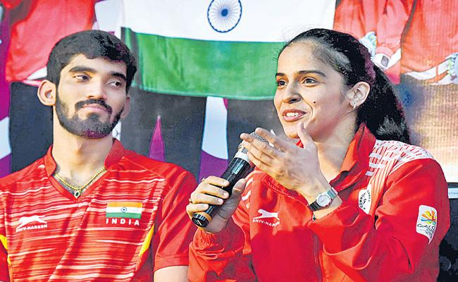 Saina Nehwal, Kidambi Srikanth Chase Olympic Berth - Sakshi