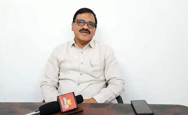 YSRCP MLC Mahmood Iqbal Fires On Chandrababu Naidu - Sakshi