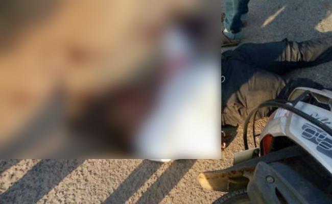 Mobile Phone Blast And man Injured in Karnataka - Sakshi