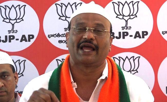 BJP Leader Sheikh Bazi Slams On Kesineni Nani At Vijayawada - Sakshi