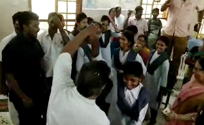 Showcause Notices to Hospital Staff For Dance in Duty West Godavari - Sakshi