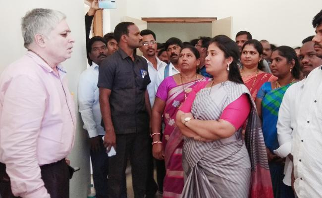 Pushpa Srivani Visit Gummalaxmipuram Polytechnic College - Sakshi