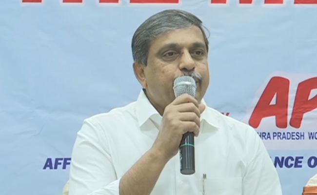 Sajjala Ramakrishna Reddy Slams Chandrababu Over Debt In His Regime - Sakshi