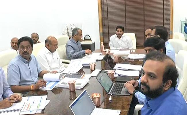 CM YS Jagan Review Meeting On Electricity Department - Sakshi