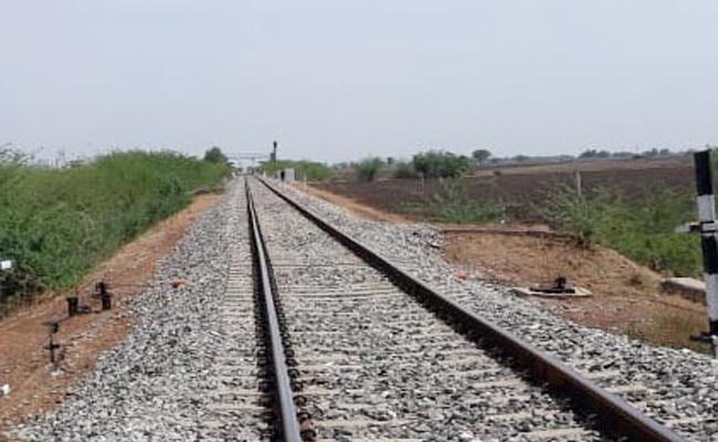 Yerraguntla to Nandyala Solar Power Train Tracks Works Starts - Sakshi
