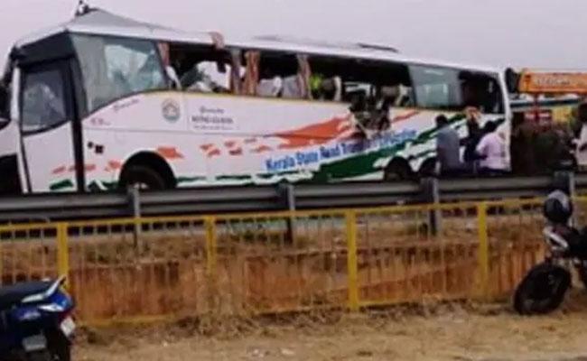 Road Accident In Kerala 20 Died 31 Injured  - Sakshi