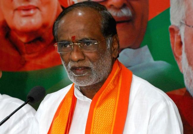 BJP Leader Laxman Fires On KCR - Sakshi