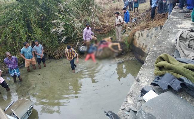 Road Accidents in Srikakulam District - Sakshi