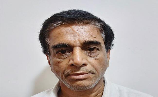 Man Arrested For Harassing Woman Over Surrogacy Deal Hyderabad - Sakshi