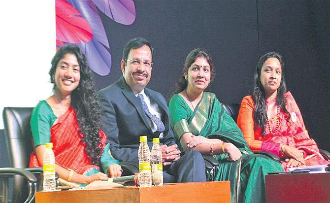 Sai Pallavi Attends She Empower Summit in Hyderabad - Sakshi