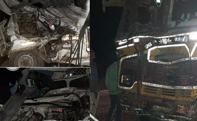 12 killed In Tempo Truck Collision In Gujarat Vadodara District - Sakshi